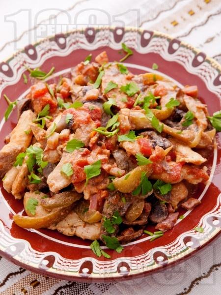 Пилешко бяло месо със зеленчуци на тиган - снимка на рецептата